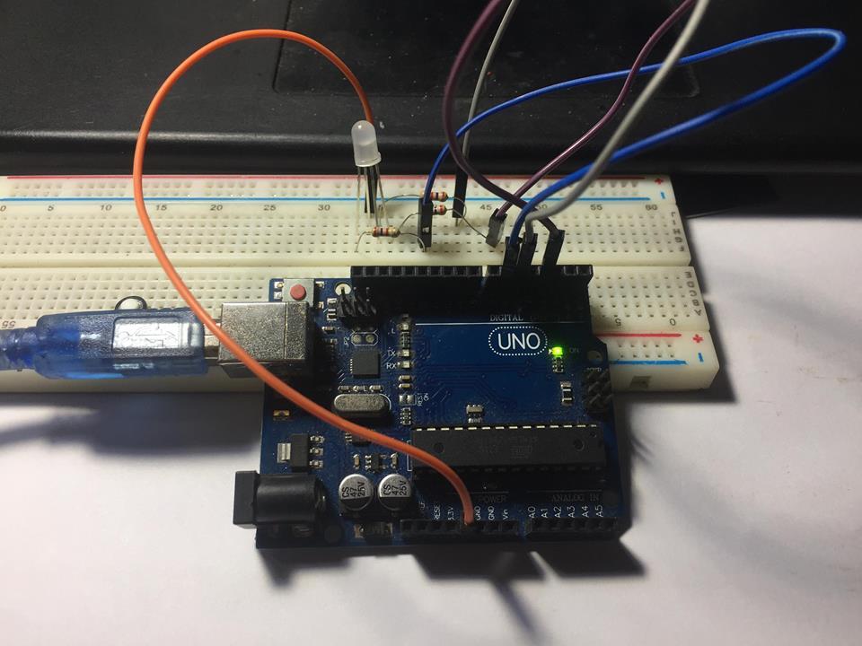Lập trình Matlab: Arduino điều khiển LED RGB